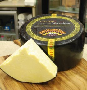 King Island Black Label Cheddar 200g