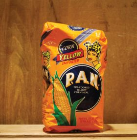 Pan Pre-Cooked Yellow Corn Meal 1Kg